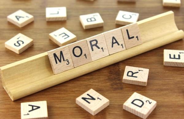 Pengertian Moral Manurut Para Ahli