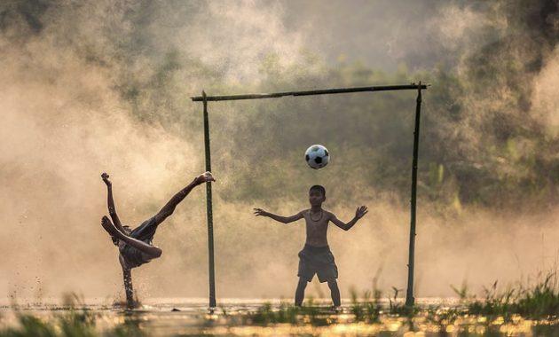 Pengertian Sepak Bola dan Teknik Sepakbola