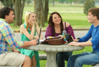 Pengertian Hubungan Sosial | Syarat, Ciri-Ciri, Faktor dan Dampaknya !